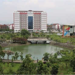 Setting and Infrastructure Green Campus Telkom University